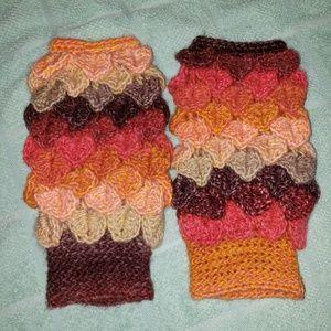 NWOT Handmade Fingerless Gloves